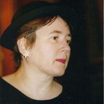 Simona-Grazia Dima cu pălărie