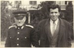 Cu tatăl său în parcul Cişmigiu, aprilie 1954