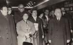 Mama în public, alături de Gr. Popiţi, red. W. Michels, I.D. Teodorescu, corector N. Hangan