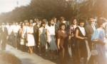 Mama şi cu mine, într-un convoi de nuntă