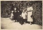 V.D. cu mama şi mătuşa